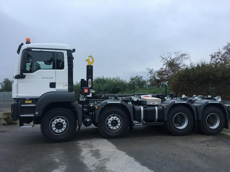 Location camion 8x4 en Val de Marne